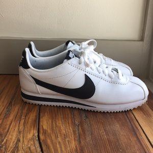 Nike classic sneaker